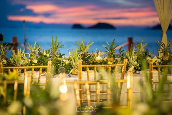 Welcome dinner on the beach tropical theme by BLISS Events & Weddings Thailand - 005
