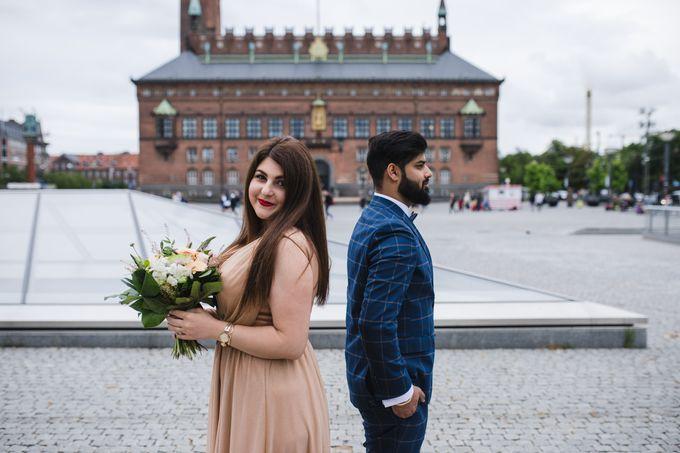 Copenhagen City Hall Wedding Elopement during COVID-19 by Ieva Vi Photo by Ieva Vi Photography - 004