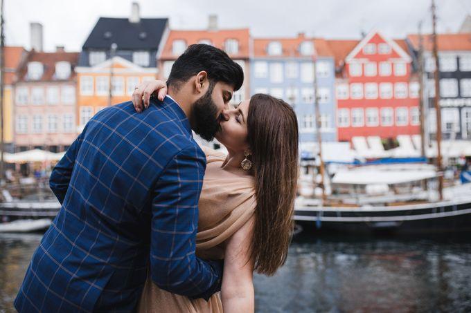 Copenhagen City Hall Wedding Elopement during COVID-19 by Ieva Vi Photo by Ieva Vi Photography - 017