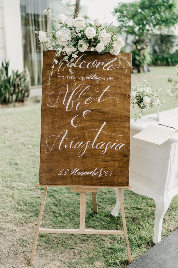 Afret & Anastasia by Butterfly Event Styling - 013