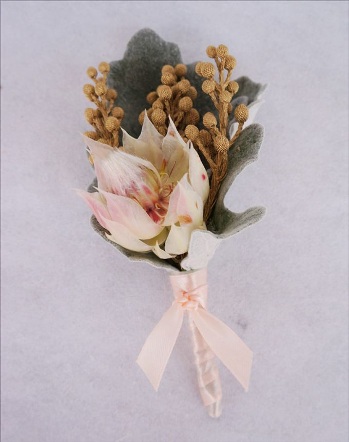 Boutonnieres & Corsages by The Olive 3 (S) Pte Ltd - 003