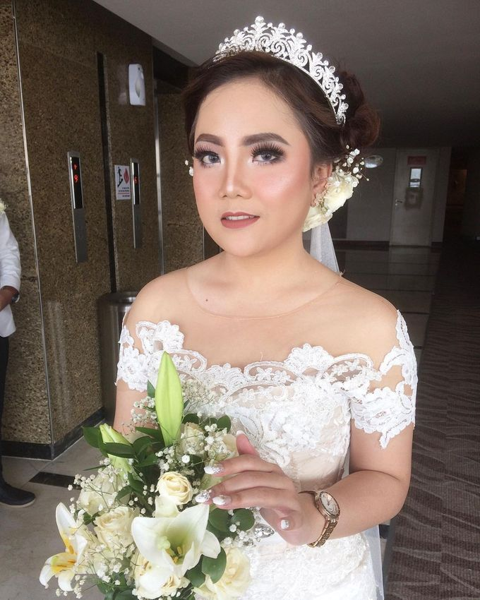 Hairdo Modern by iir bahari professional makeup and wedding - 005