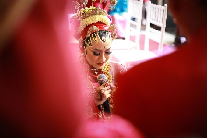 The Weddng Of Dewi & Riskyan by R A Picture - 006