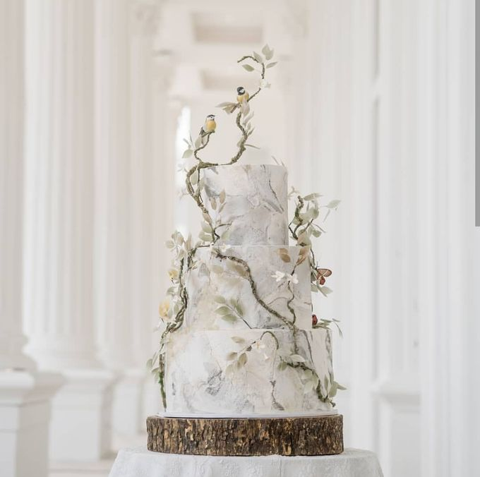 3 layers wedding cakes by LeNovelle Cake - 011