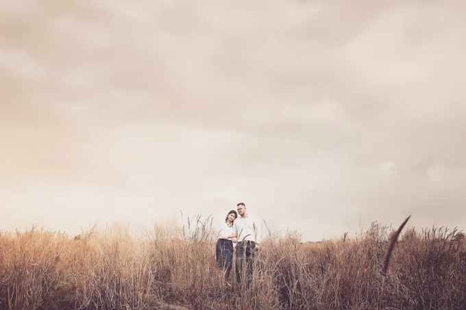 Bayu & Christi  by Creative Images Service - 001