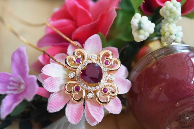 Crimson Fleur Pendant by Vault Fine Jewellery - 002