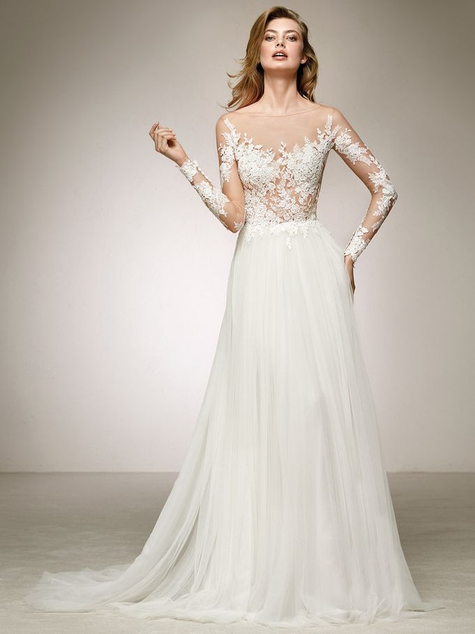 Pronovias by DESIGNER BRIDAL ROOM - 041