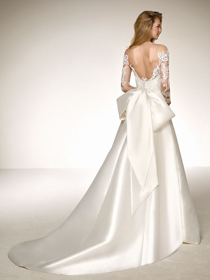Pronovias by DESIGNER BRIDAL ROOM - 040