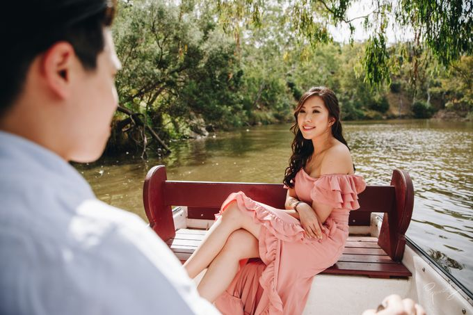 Yarra River outdoor pre wedding by Photo by James Lee - 007