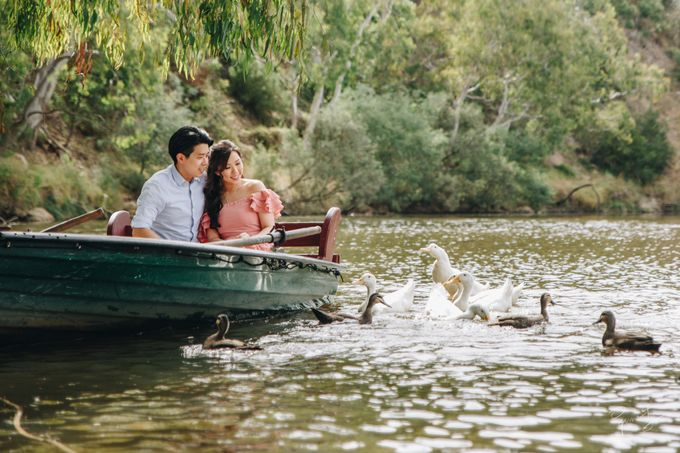 Yarra River outdoor pre wedding by Photo by James Lee - 003