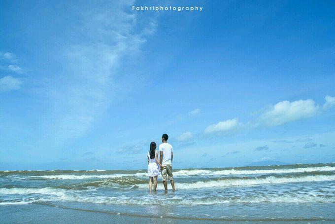 Prewedding Pantai by Fakhri photography - 005