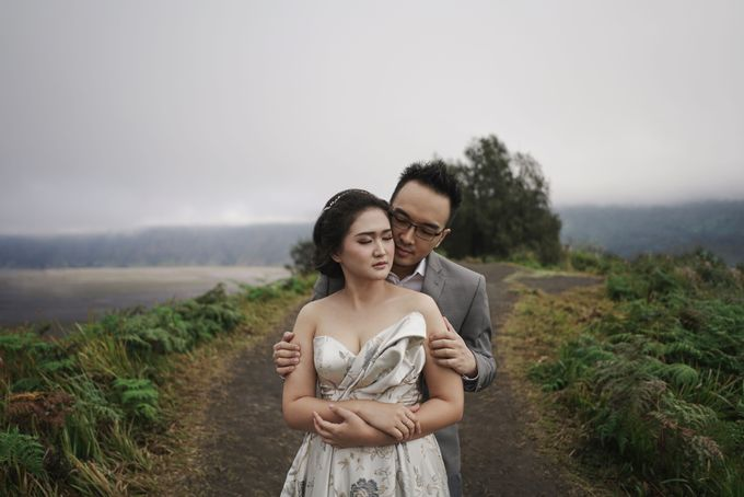 CIPUTRA & VICKE - BROMO by AB Photographs - 004