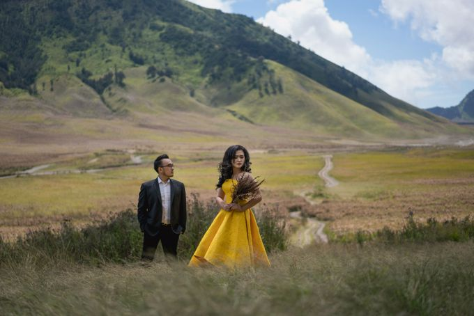 CIPUTRA & VICKE - BROMO by AB Photographs - 005