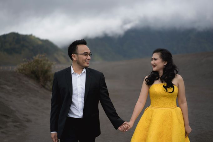 CIPUTRA & VICKE - BROMO by AB Photographs - 009