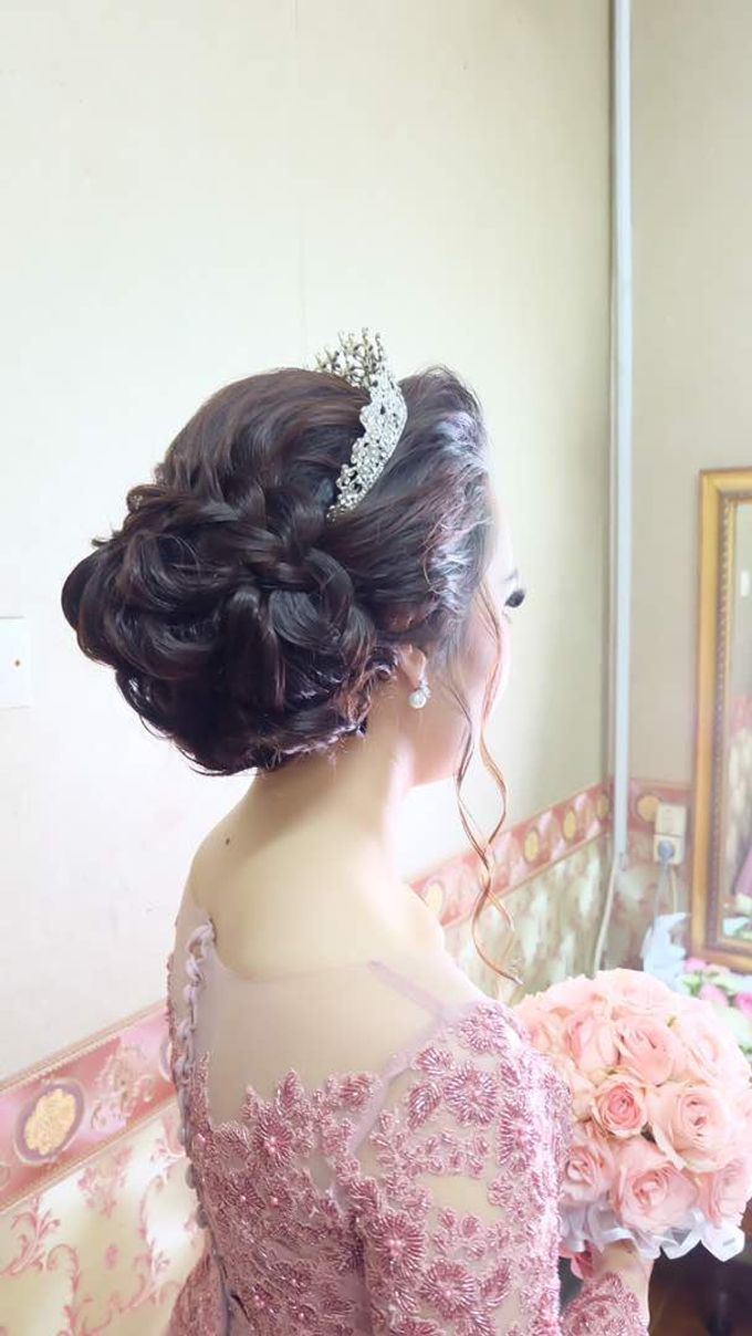 Hairdo bride by Makeup And Hairdo By iis - 007