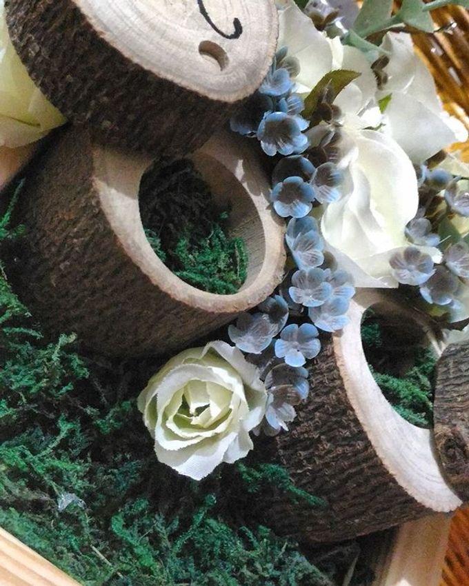 Wedding ring box by Hana Seserahan - 049