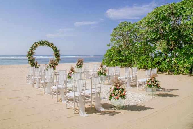 Wedding Ceremony Decoration by Courtyard by Marriott Bali Nusa Dua - 002