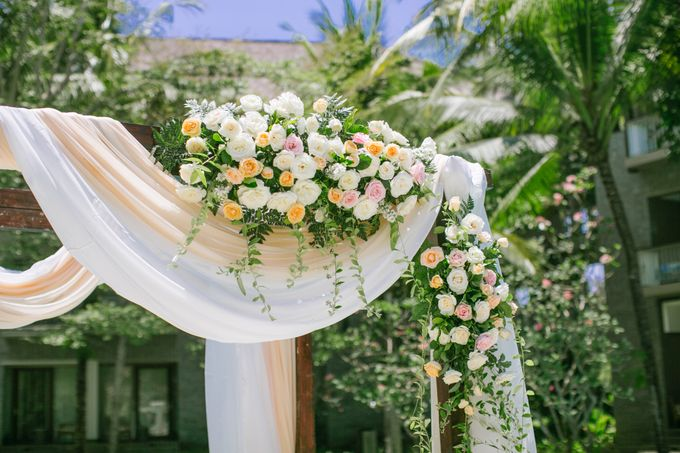 Wedding Ceremony Decoration by Courtyard by Marriott Bali Nusa Dua - 019