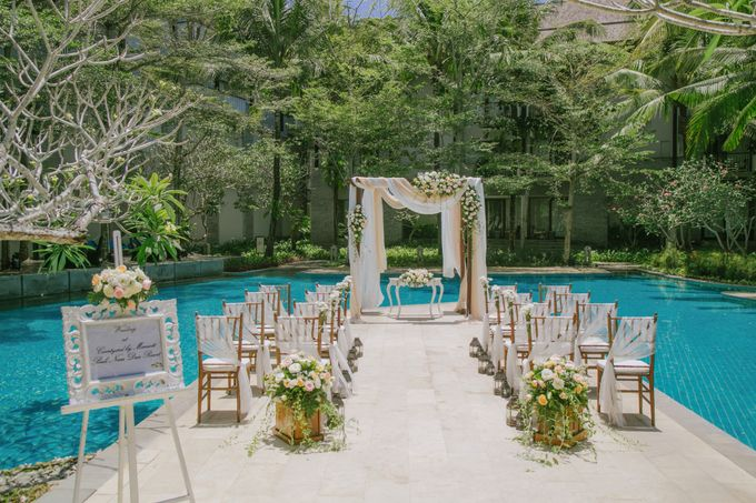 Wedding Ceremony Decoration by Courtyard by Marriott Bali Nusa Dua - 017
