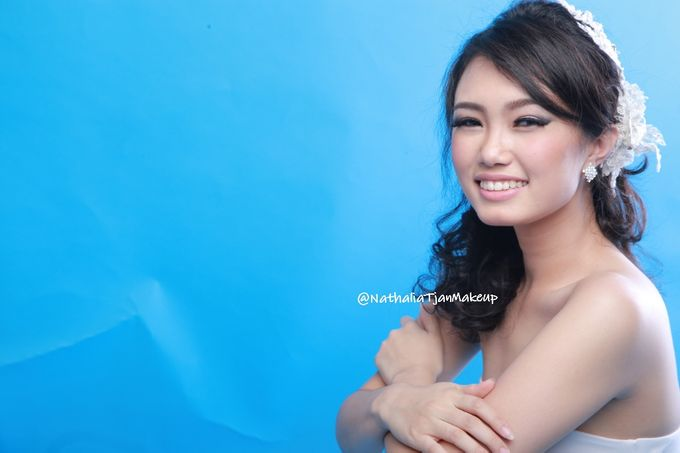 Beauty Photoshoot by Nathalia Tjan Makeup - 002