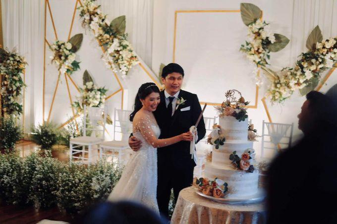 Rio & Lian Wedding by HENRY BRILLIANTO - 010