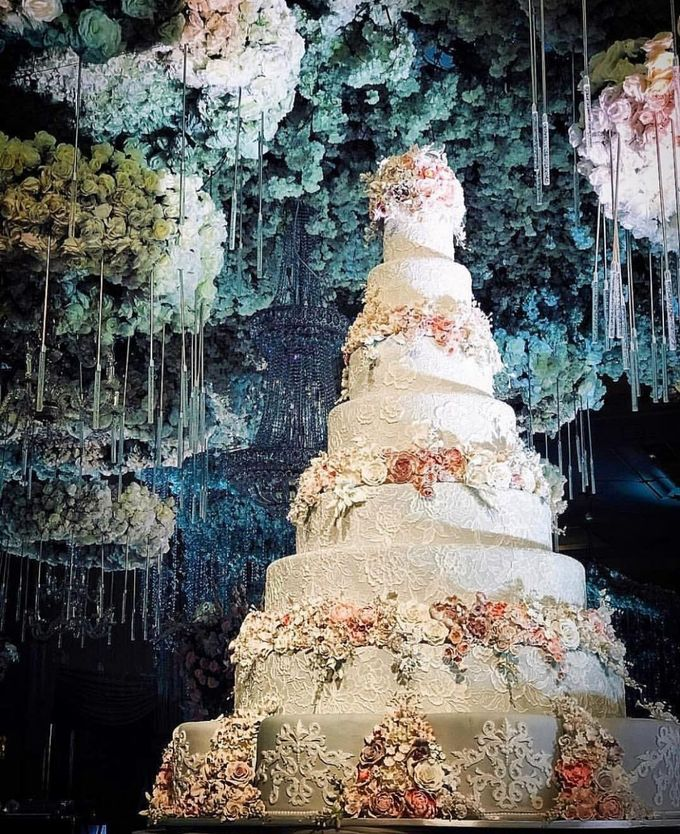 7 & 8 tiers Wedding Cake by LeNovelle Cake - 014