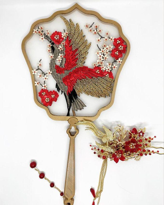CustomMade Sangjit Fan & Hairpin by Brides Choice - 001
