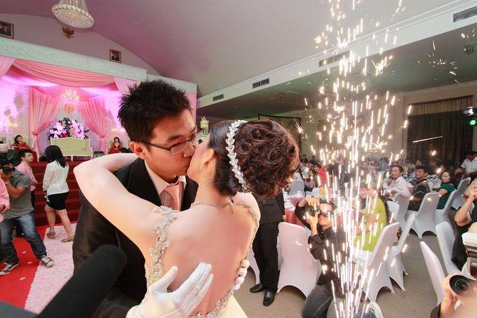 Weddingday Keristonsen & Yenny by Phico photography - 006