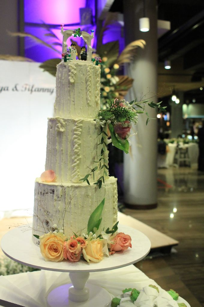Jazz Wedding Entertainment - Double V  Entertainment with Anthony stevven MC  Intimate Open Restaurant Double Tree Jakarta by Anthony Stevven - 013