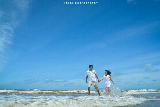 Prewedding Pantai by Fakhri photography - 001
