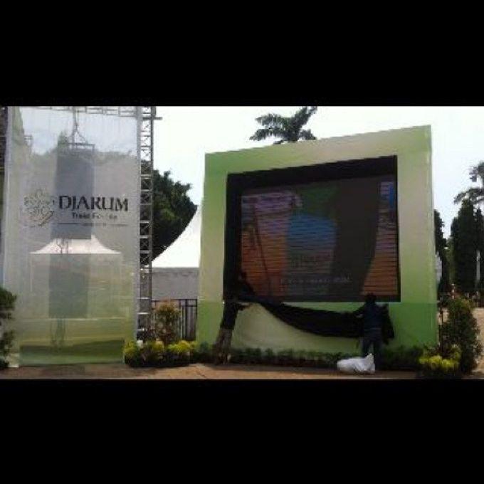 Menanam Trembesi by Djarum Foundation by Happy Media Display - 001