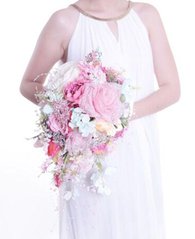 Luxurious Bouquet by LUX floral design - 025