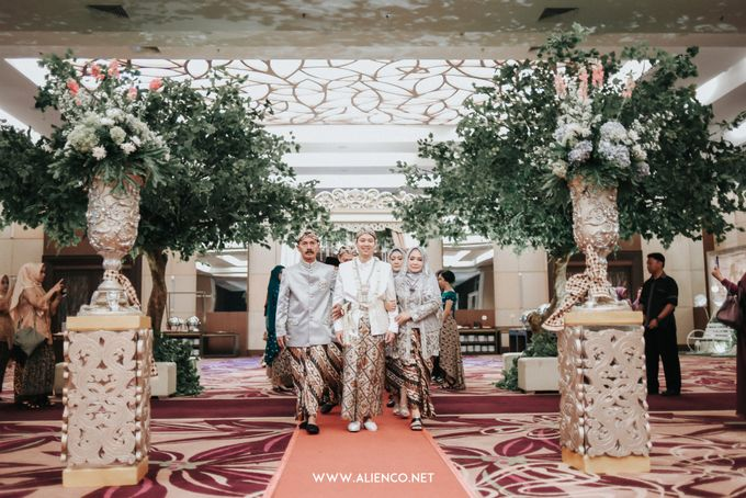 THE WEDDING OF ANGGI & iNDRA by alienco photography - 002