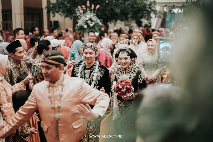 THE WEDDING OF ANGGI & iNDRA by alienco photography - 007