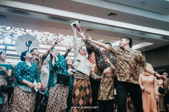 THE WEDDING OF ANGGI & iNDRA by alienco photography - 008