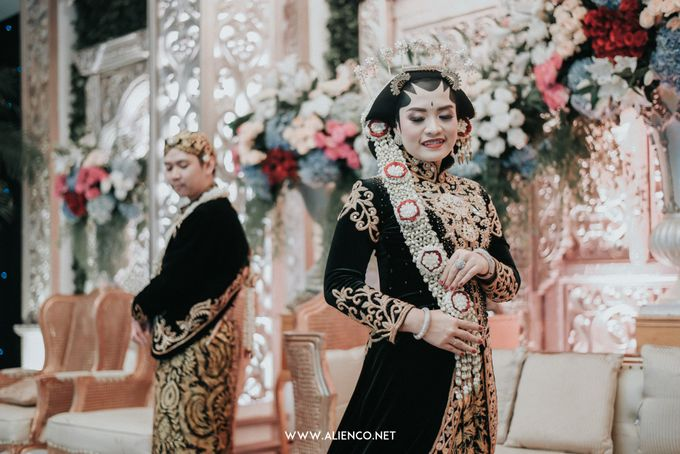 THE WEDDING OF ANGGI & iNDRA by alienco photography - 009