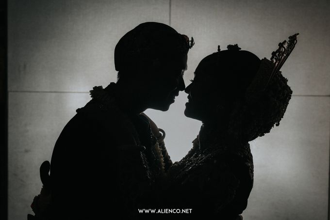 THE WEDDING OF ANGGI & iNDRA by alienco photography - 010