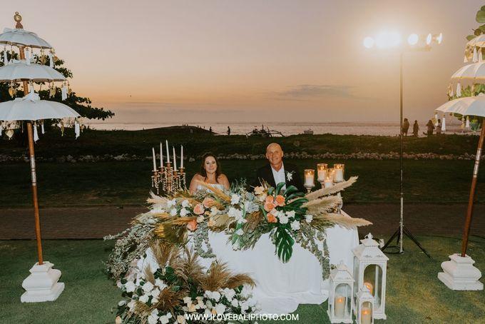 Sean & Danielle Wedding by Holiday Inn Resort Baruna Bali - 003