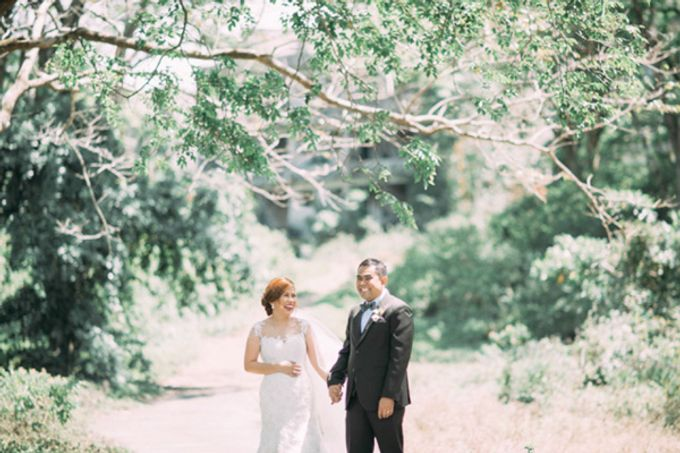 A Wedding with Floral and Rustic Details by The Daydreamer Studios - 011