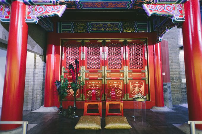 Dark Fantasy Asian Wedding Style Editorial Shoot by Asian Fusion Weddings - 011