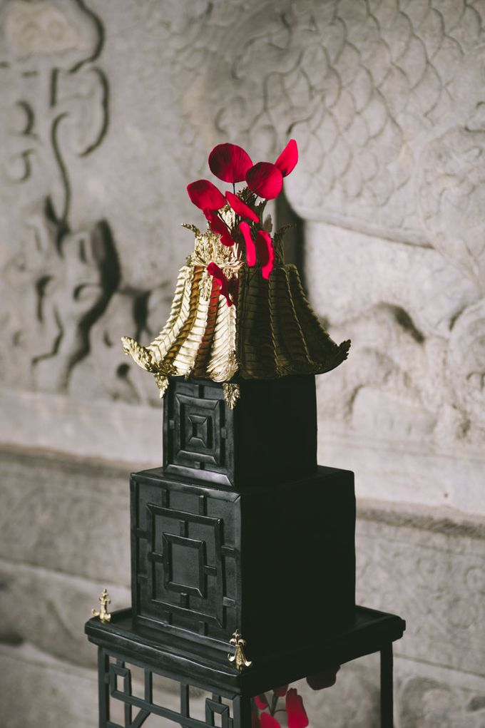 Dark Fantasy Asian Wedding Style Editorial Shoot by Asian Fusion Weddings - 005