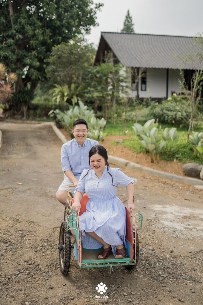 Davine Kartini Pre-Wedding | Countryside by Ducosky - 002