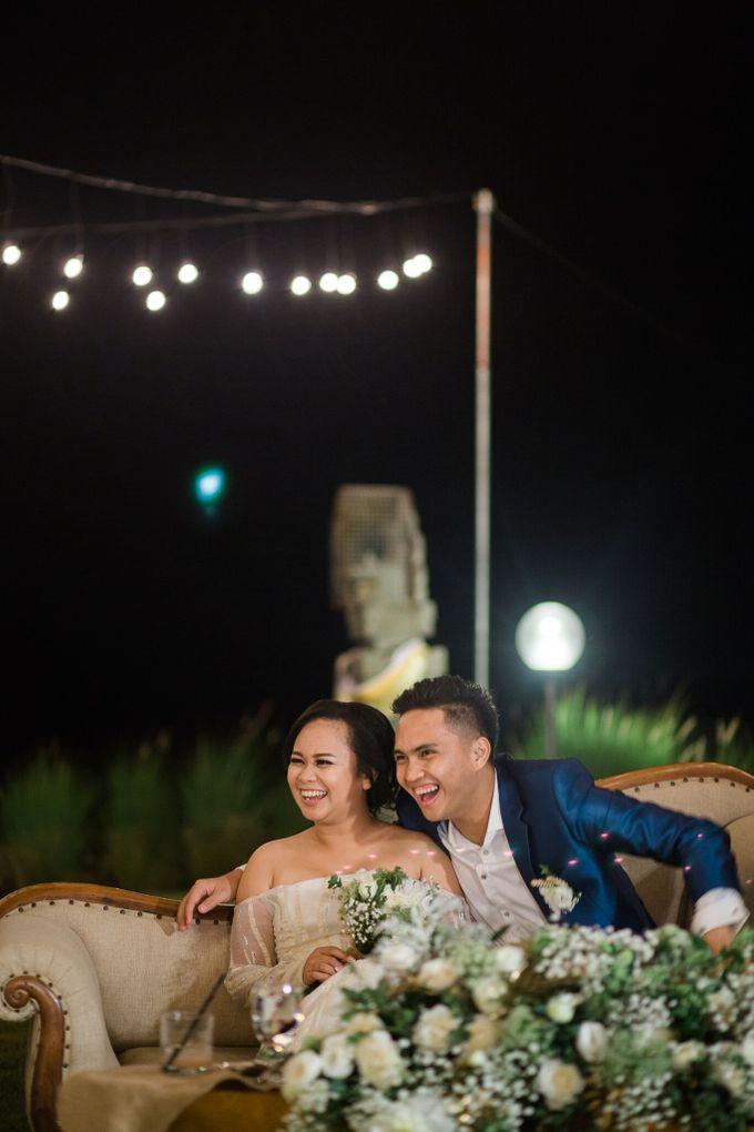 Gio & Rebecca Bracha Villa Uluwatu by Catalina Flora - 001