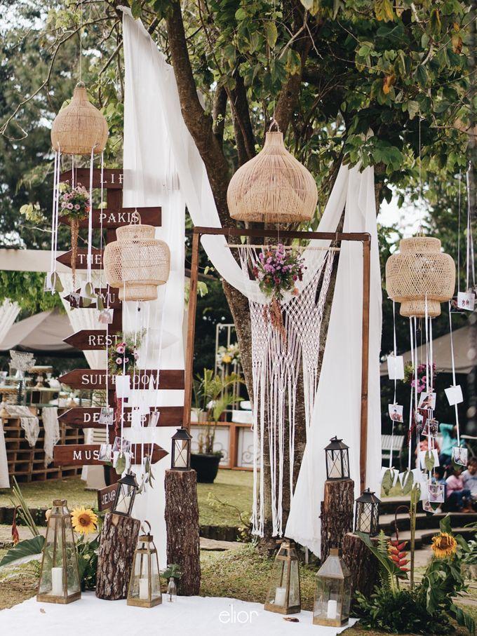 The Vibrant Tropical Wedding of Christa & Dede by Elior Design - 011