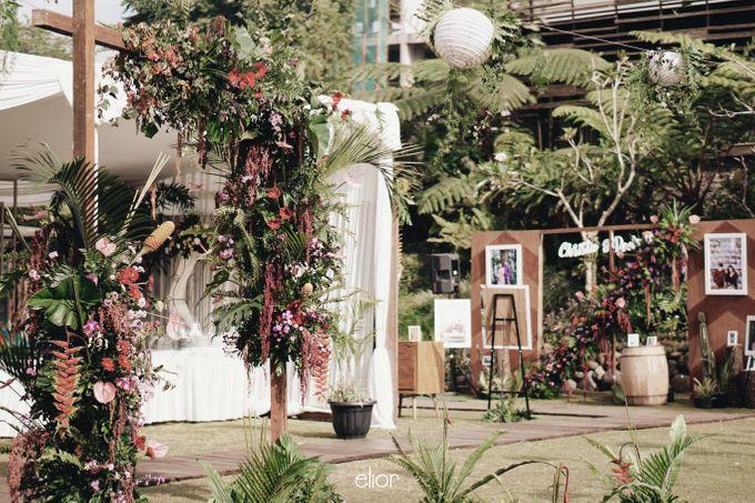 The Vibrant Tropical Wedding of Christa & Dede by Elior Design - 014