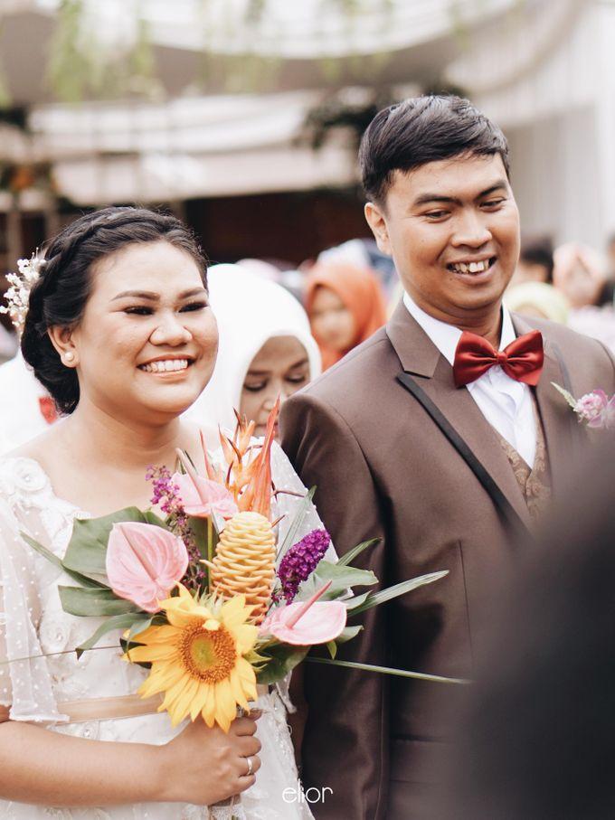 The Vibrant Tropical Wedding of Christa & Dede by Elior Design - 021