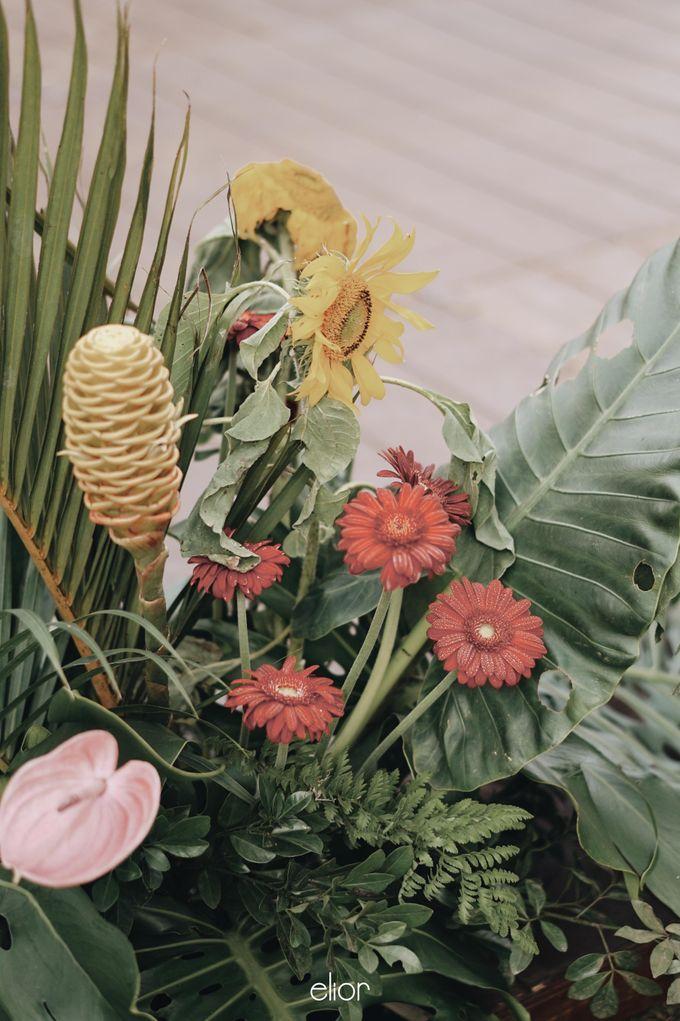 The Vibrant Tropical Wedding of Christa & Dede by Elior Design - 025