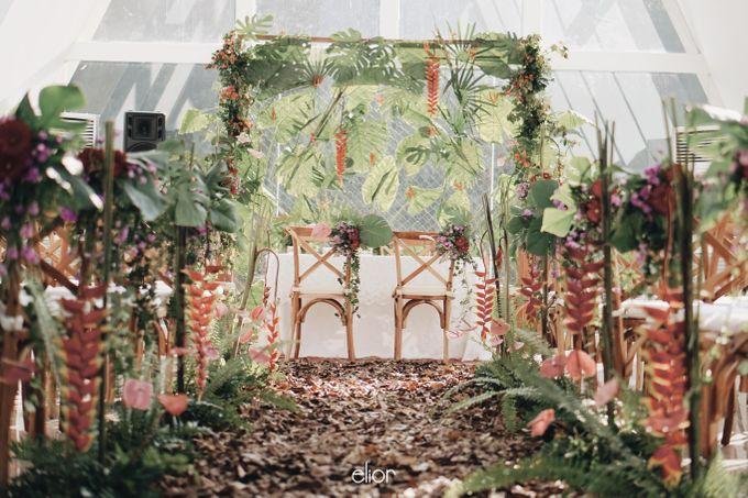 The Vibrant Tropical Wedding of Christa & Dede by Elior Design - 003