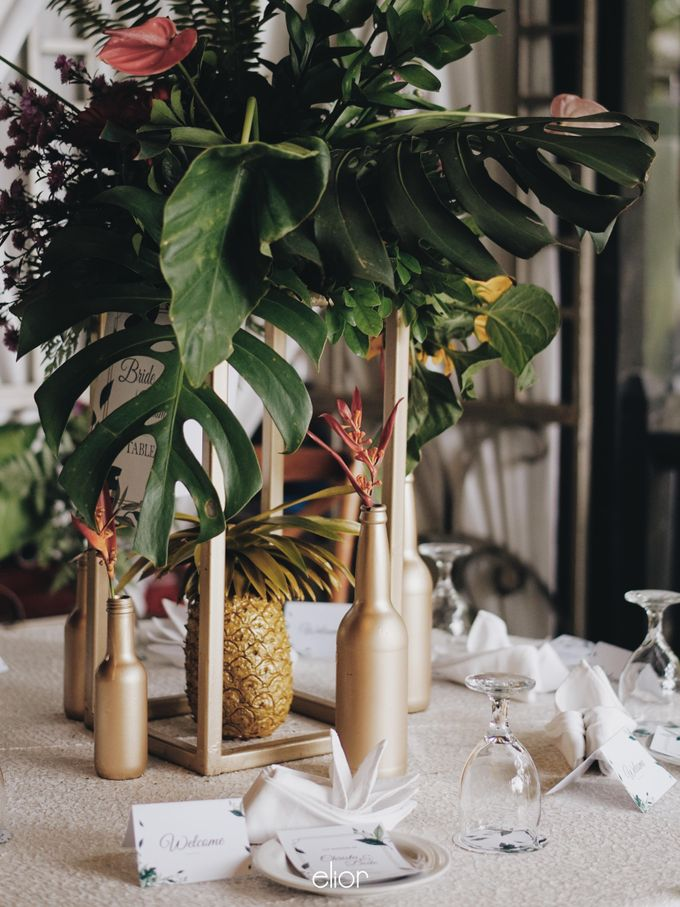 The Vibrant Tropical Wedding of Christa & Dede by Elior Design - 007