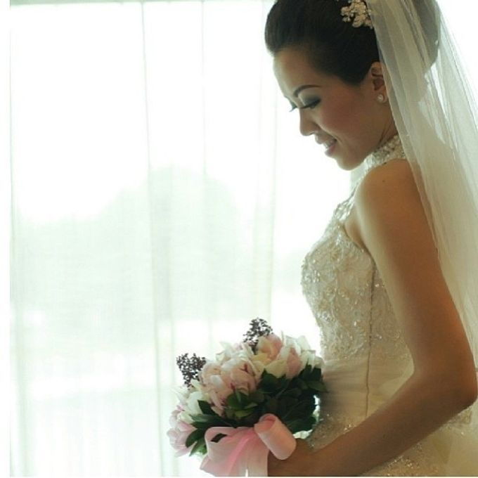 Beautiful Bride by DONNY LIEM The Make Up Art - 020